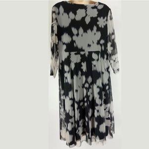 London Times Dresses - 16W 1X BLACK & WHITE ABSTRACT MESH DRESS Plus Size
